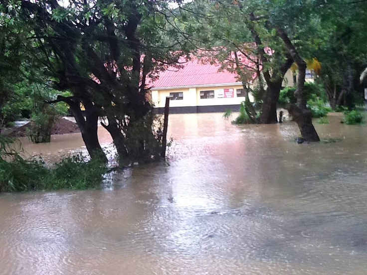 Soweto, ECape Floods | A building is surrounded by floodwaters in Port St. John's, Eastern Cape. | Photo MEC Mlibo Qoboshiyane / eNCA