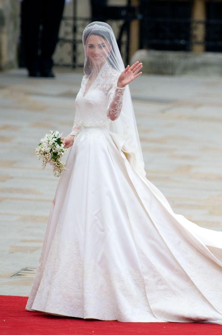 Princesse Kate Middleton Robe d'Alexander McQueen #mariage #magnifique