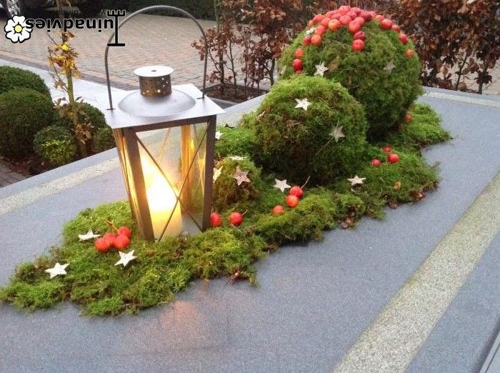 Christmas garden table