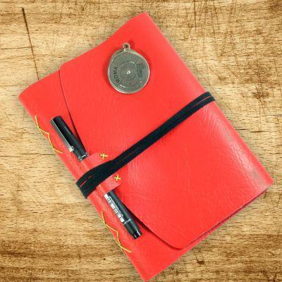 Caderno com #encadernação #artesanal costura diamante com capa de #couro…