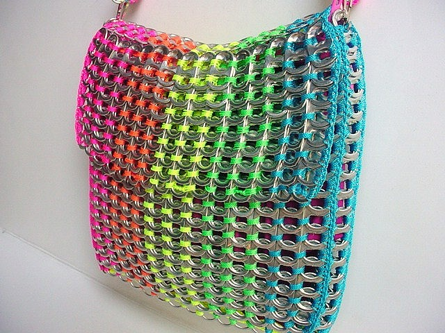 Ideas for using different coloured string to make a rainbow effect.