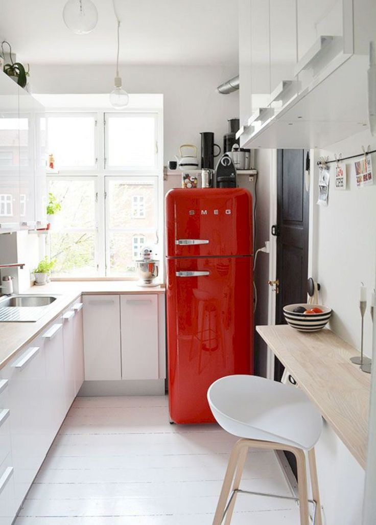Love that old-school refrigerator Amazing Small Kitchen Ideas For Small Space 106