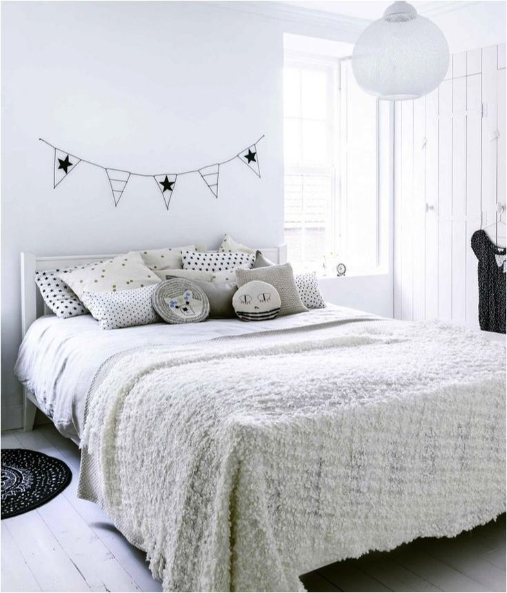 One Direction Bedrooms For Girls Grey Striped Wallpaper Bedroom Bedroom Ideas Creative Unique Bedroom Decorating Ideas: 25+ Best Ideas About Grey Kids Rooms On Pinterest