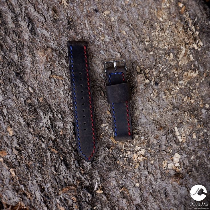 Pepsi Strap! Perfect for an SRPA21 Seiko Padi or an SKX009 Seiko Pepsi Diver!  (swipe left to see back view)  Can be made for 20mm 22mm and 24mm 26mm watch straps.  Also available for 38 and 42mm apple watch straps.   Message me only on http://ift.tt/2i1MBbL for leather options and price inquiries!  #trylocalph #leather #leatherph #leathergoods #leathercraft #leatherphilippines #watchstrap #strap #cowhideleather #leathercraftph #leatheraccessories #watchaccessories #leatherwatchstrap #seiko…