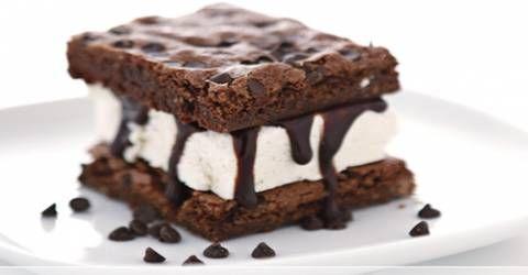 Dondurmalı Brownie Kulesi