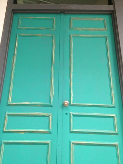 68 best images about florence chalk paint on pinterest for Chalk paint door