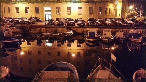 #riflessi sul porto piccolo