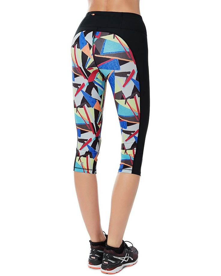 Printed training capris we just can't get enough of.