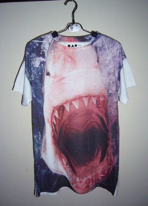 Hey, j'ai trouvé ce super article sur Etsy, chez https://www.etsy.com/fr/listing/115272565/shirt-requin-machoires-animales-tshirt-t