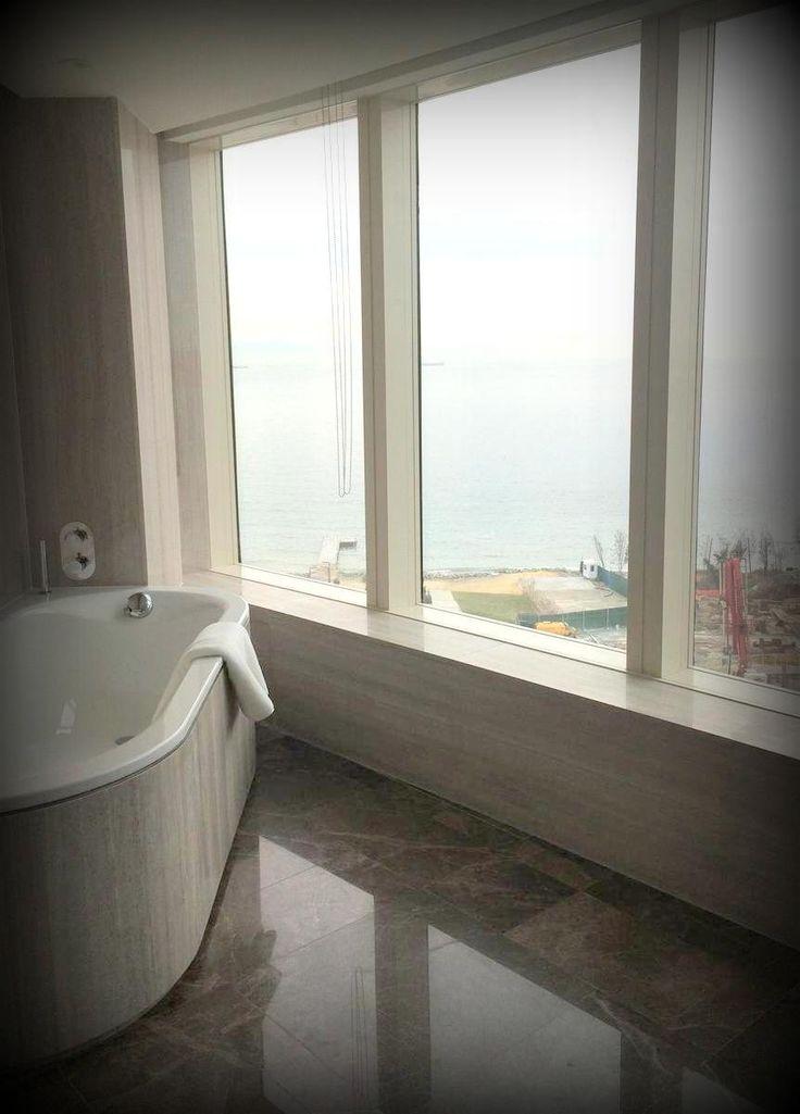 Marble bathtub coating with aluminum honeycomb at Hyatt Regency Hotel