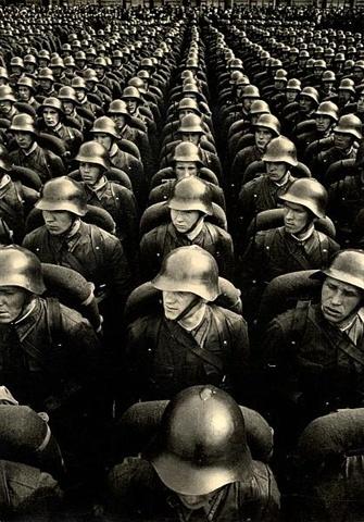 L'armée rouge, Moscou 1936. Photo de Georgi Petrusov