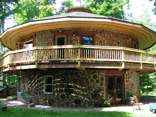 Cordwood construction -- absolutely beautiful idea for a shed, chicken coop, or maybe even an entire house?