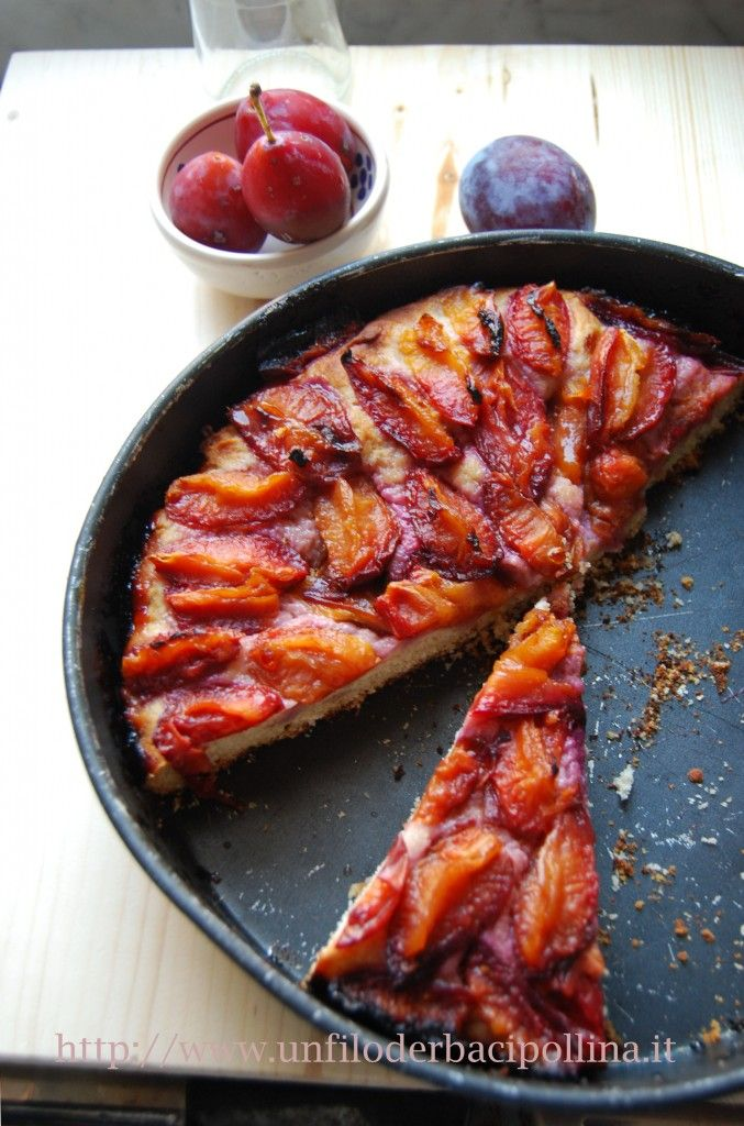 Zwetschgendatschi, a German cake with plums, recipe from the blog Foto e Fornelli @fotoefornelli
