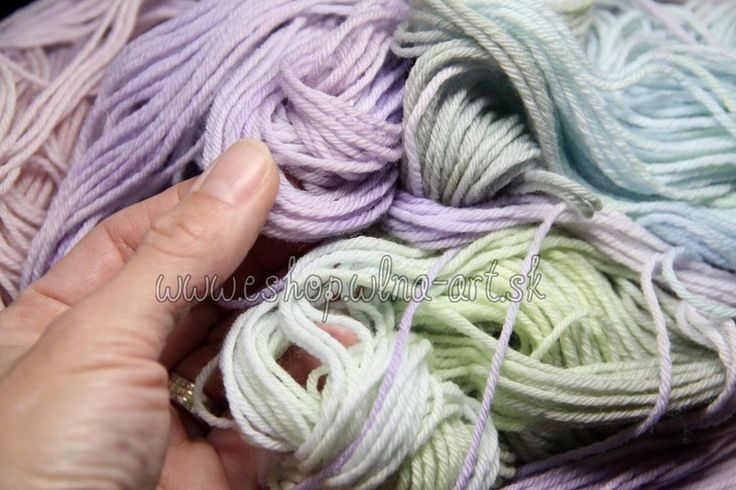wool_vlna_merino_rucne_farbena_hand_dyed_yarns_na_pletenie_predaj_západ_4_1