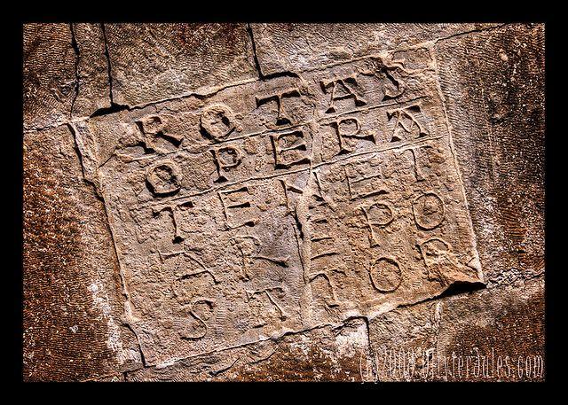 latercoli palindromici - quadrato magico a San Pietro ad Oratorium  Capestrano, Abruzzi, Italia   #TuscanyAgriturismoGiratola