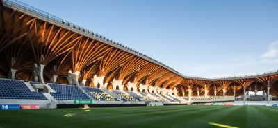 Pancho Arena by Tamás Dobrosi & Doparum ArchitectsThe roof cantilevers 13m and is supported by glulam columns.