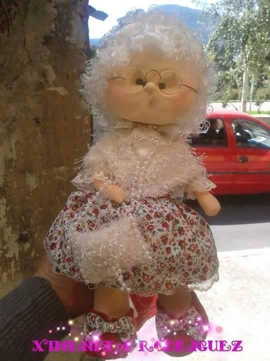 abuela muñeca