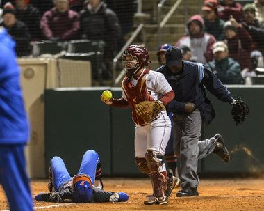 Alabama softball drops first game of the year after 22-game win streak, vs. Florida (photos) - It's okay, bb. We still love you.