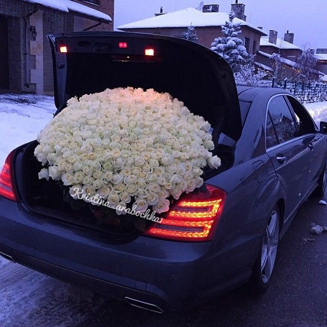 This would be a wonderful expression of affection! I am not a big flower fan, but these would definitely say I'm trying and I care... a LOT! ♕♡ | Pinterest: keniavrl | ♕♡