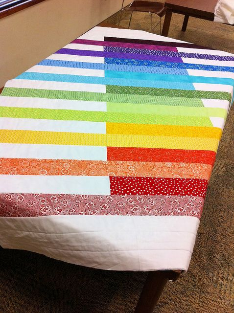 Beautiful rainbow quilt by HShafer's @ flickr