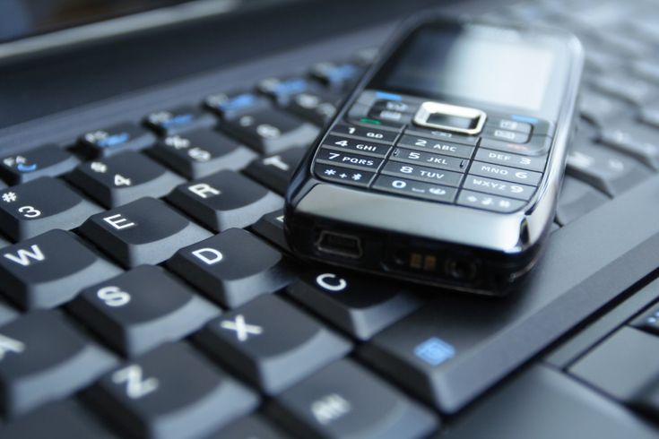 Various Online Sources Offering Reverse Phone Number Lookup With Free Results With Names