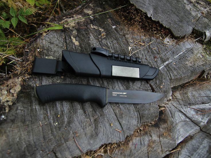 Amazing knife Mora Bushcraft Survival http://bit.ly/Mora_Survival_Eshop_SK