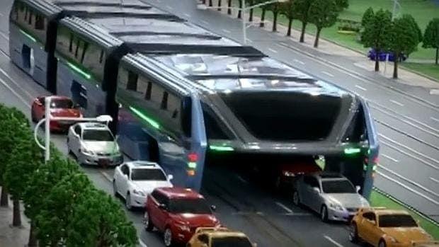¿La solución al tráfico de las grandes ciudades? ¿Lo ves funcionando en alguna ciudad de #Ecuador?