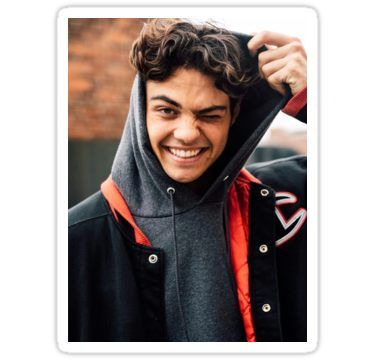 """Noah Centineo – Peter Kavinsky in """"To All The Boys I've Loved Before"""" 
