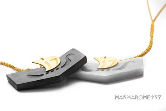 MARMAROMETRY Lucky Charms 2017 Odyssey A Mini Collection inspired by Odyssey, one of two major ancient Greek epic poems attributed to Homer. The wings of ancient Greek statues of Erotas and Nike, the boat of Odysseus, are the elements that have a different meaning for every person. Freedom, strength, new ideas, new beginning, collective effort of all societies for prosperity and evolvent. Greek Marble - Sterling Silver Gold Plated 22K *** Limited Edition ***  The white marble is from the…