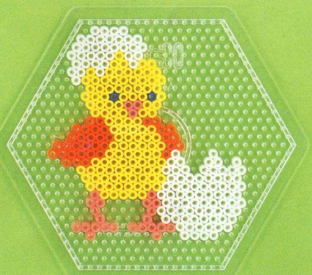 Küken - Ostern - Bügeleperlen Easter perler beads. Chick and egg.