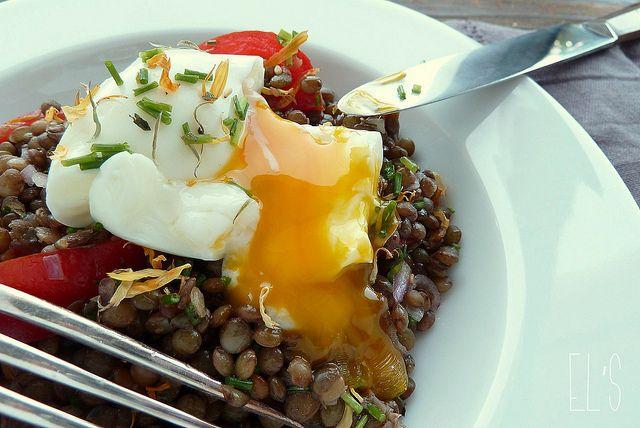 Salade de lentilles vertes du Puy et oeufmollet