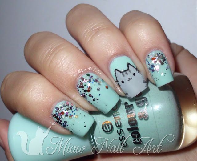 pusheen nails <3