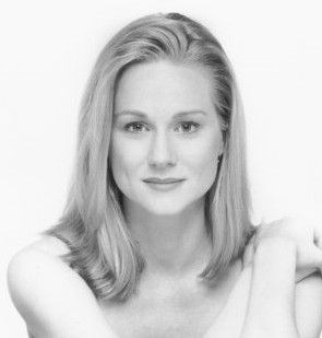Stage, television, and film? Laura Linney does it all. And I love her.