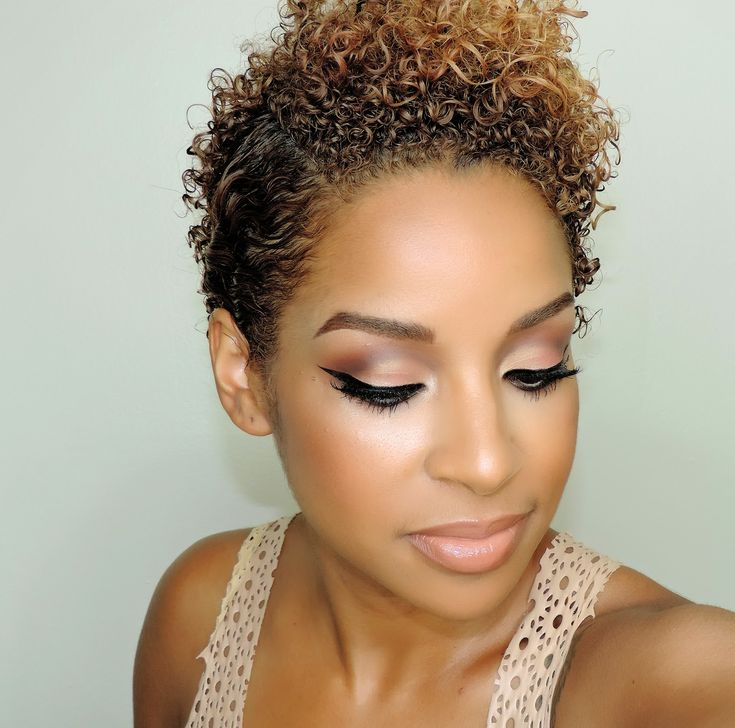 Beauty By Lee: Coral Cut Crease and a Curly Pixie Side Part (Grow out style)