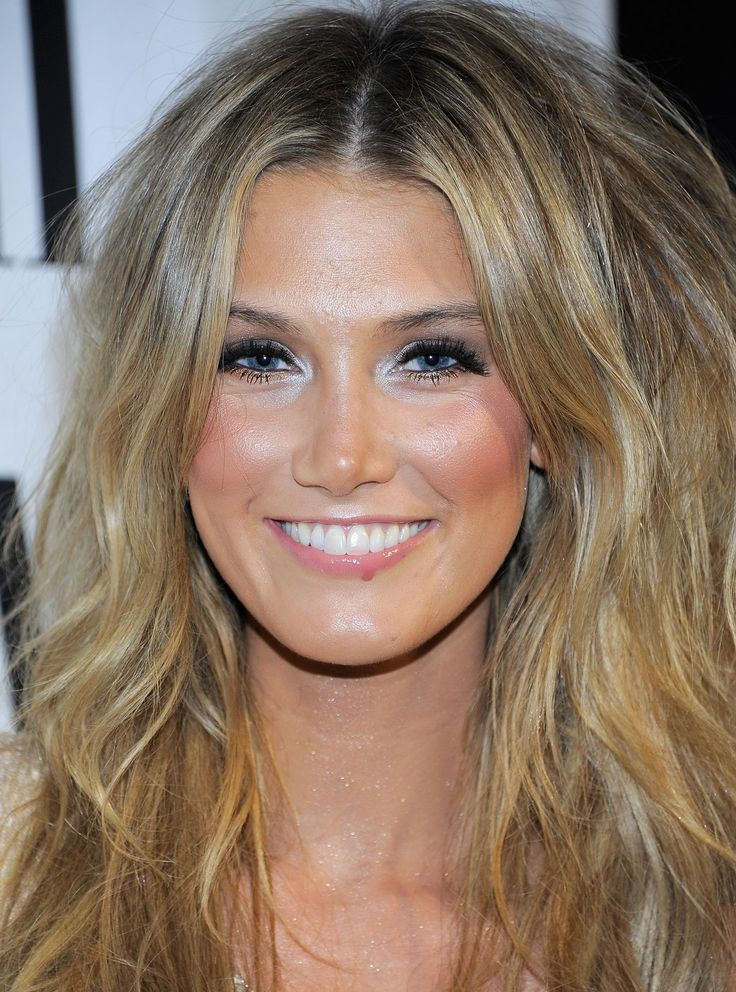 Google Afbeeldingen resultaat voor http://www.gotceleb.com/wp-content/uploads/celebrities/delta-goodrem/59th-annual-bmi-pop-awards/Delta%20Goodrem-17.jpg