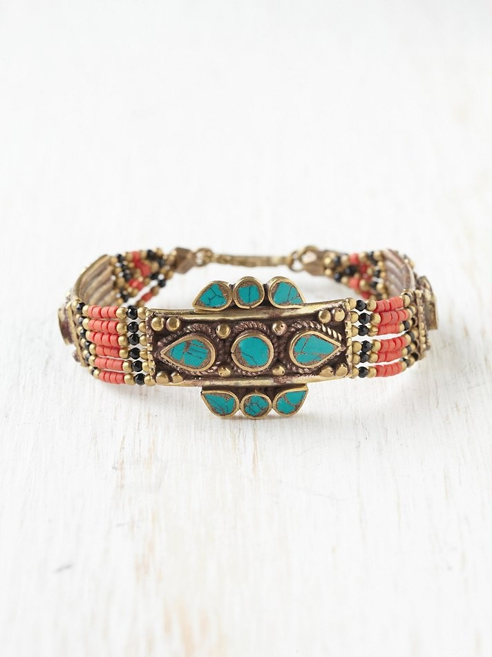 Free People indian inspired bracelet.For more ethnic style and tribal fashion visit: http://www.wandering-threads.com/