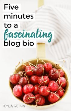 A fill-in-the-blank guide to a fascinating blog bio (that actually stands out!) in five minutes. #blogging #bloggertips #bloggingtps