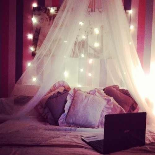 die besten 17 bilder zu home decoration auf pinterest schminktische deko und schreibtische. Black Bedroom Furniture Sets. Home Design Ideas