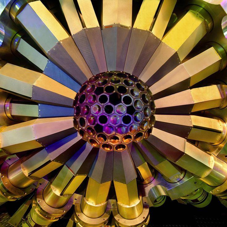 Gammasphere gamma ray spectrometer