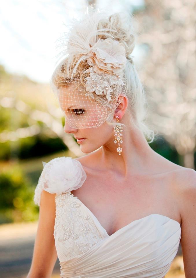 Elizabeth de Varga hand made silk flower and lace 'Eloise' fascinator