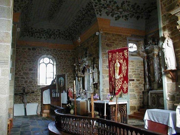 Intérieur de l'église sainte Brigitte * Diabarzh iliz santez Berc'hed