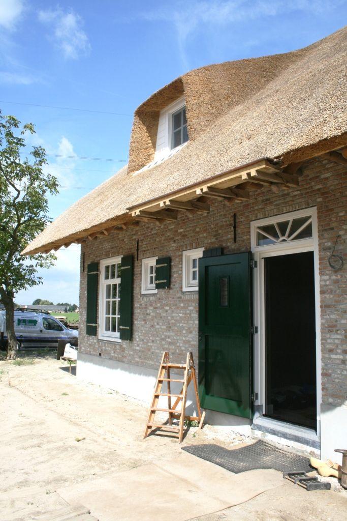 Herbouw traditionele boerderij aan de Brielsedreef te Prinsenbeek.Achtergevel ter plaatse van het woongedeelte.