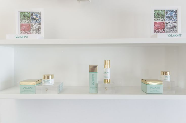 our most popular facial is the Nature Intense Hydration by Valmont in 30mn or 1H to repair the damages of sun exposure