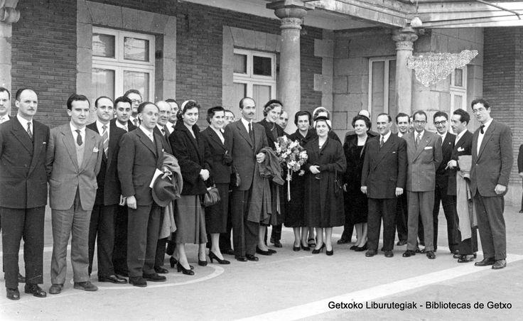 Visita del príncipe Otto de Austria al Club Marítimo del Abra, 1954 (Colección Archivo municipal de Getxo) (ref. 05772)