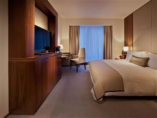 Langham Place New York - Fifth Avenue Hotel New York (NY), United States