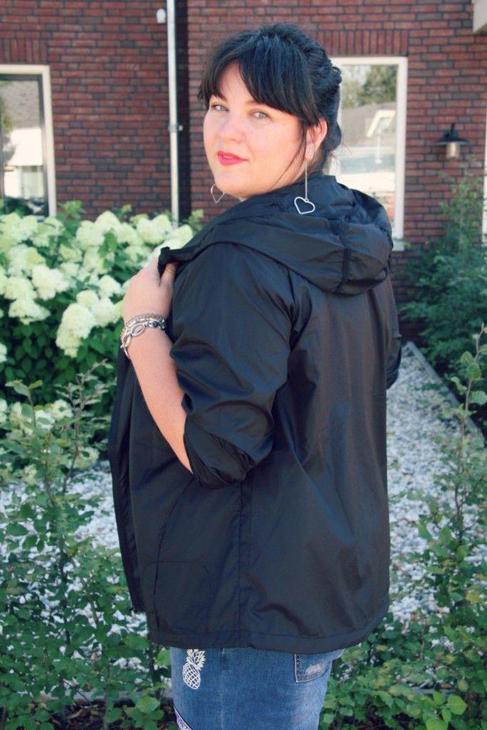 x-two, sportkleding grote maten, active, wondervol, zwart jasje
