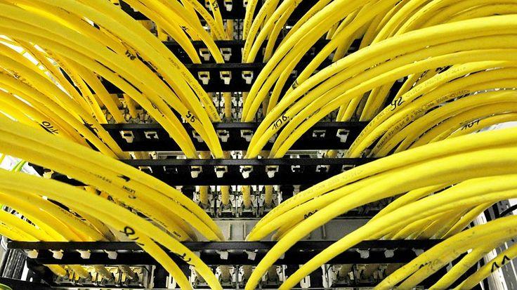 Laajakaistojen nopeus&markkinointi: Tuoreessa EU-asetuksessa vaaditaan, että operaattorien pitää määritellä nettiyhteyksien nopeudet entistä tarkemmin. Luvattujen huippunopeuksien pitää jatkossa olla käyttäjien saavutettavissa myös nettisurffailussa.