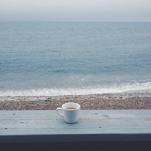 Di fronte al mare,la felicita' è un'idea semplice