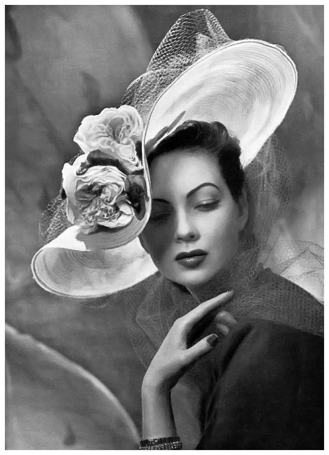 L'Officiel, 1947. Photo: Philippe Pottier.