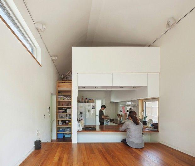 Compact wonen in een huis van 50 vierkante meter met drie verdiepingen - Roomed | roomed.nl